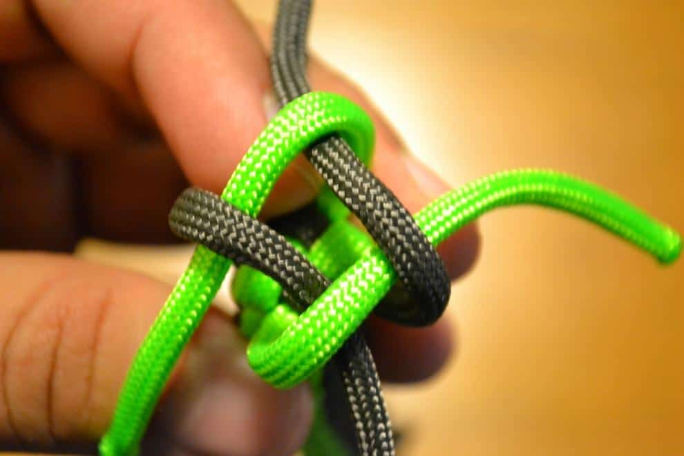 How To Make A Knife Lanyard From Paracord Knife Up