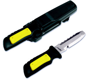 THESE KNIVES ARE GREAT UNDERWATER