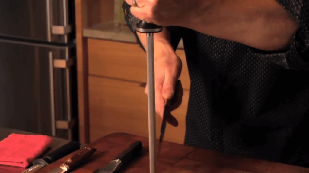 reach the knife tip